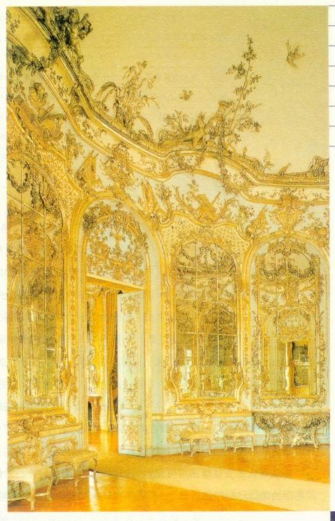 洛可可风格的门饰和室内装饰